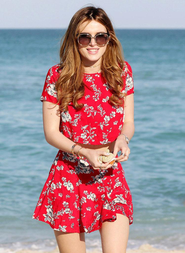 Bella Thorne Lovely Pics