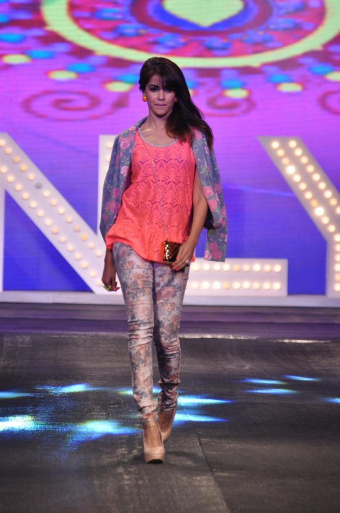Genelia D'Souza Beautiful Images At Rampwalk