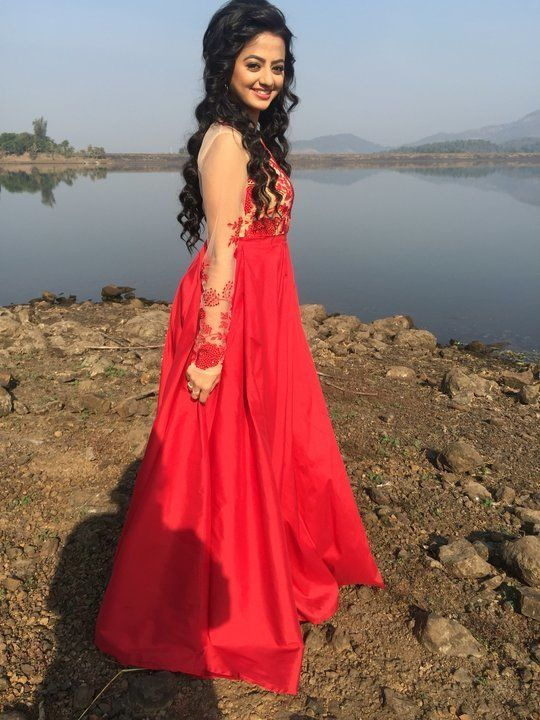Helly Shah Latest New Full HD Photos Free Download