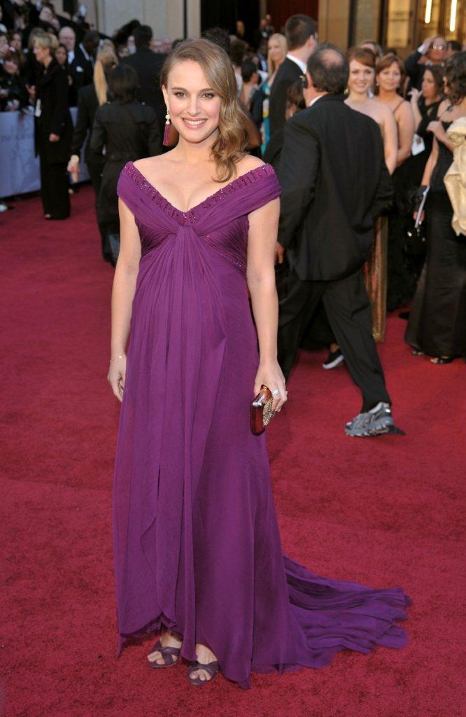 Hollywood Actress Natalie Portman Latest Hot Bikini Pics