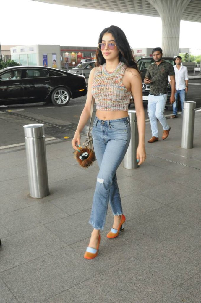Jhanvi Kapoor Hot Navel Images
