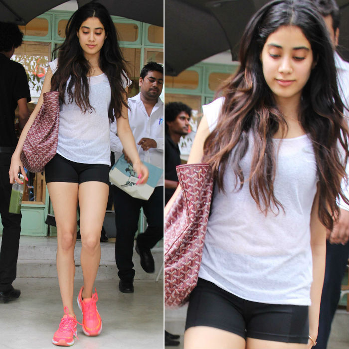 Jhanvi Kapoor Photos In Bra Panty