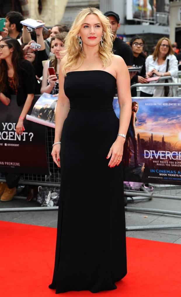 Kate Winslet Beautiful Look In Short Cloths