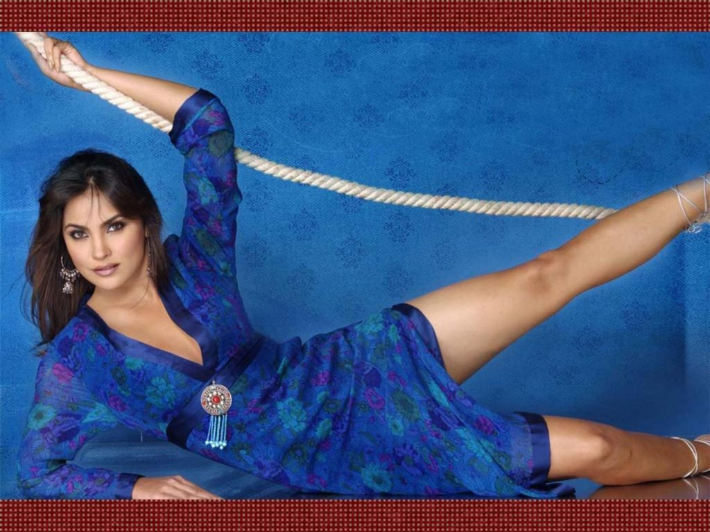 Lara Dutta Hot & Spicy HD Photoshoot Download