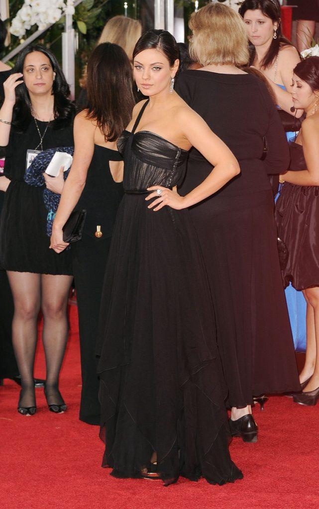 Mila Kunis Beautiful Bikini Pics Download