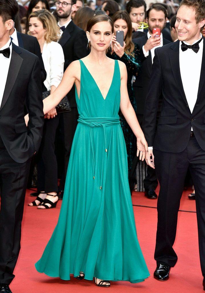 Natalie Portman Hot Look In Back Side