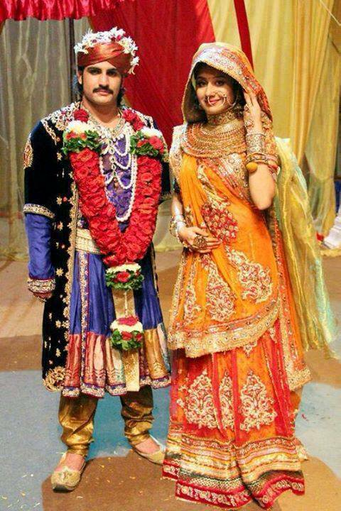 Paridhi Sharma As A Jodha With Akbar Pics
