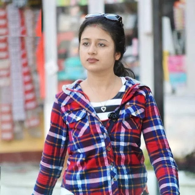 Paridhi Sharma Hot Boobs Images