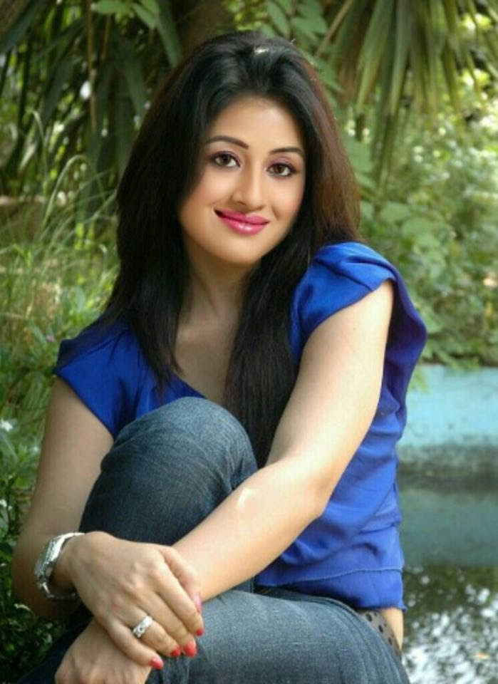 Paridhi Sharma Hot Look In Jeans Top Photos