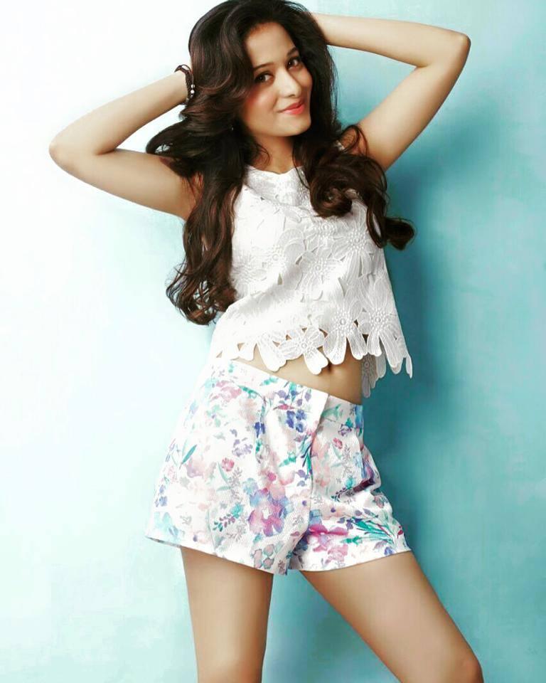 Preetika Rao Hot In Bra Panty Photos