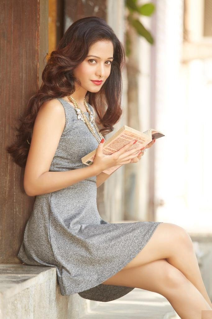 Preetika Rao Hot Look In Bikini Photoshoot