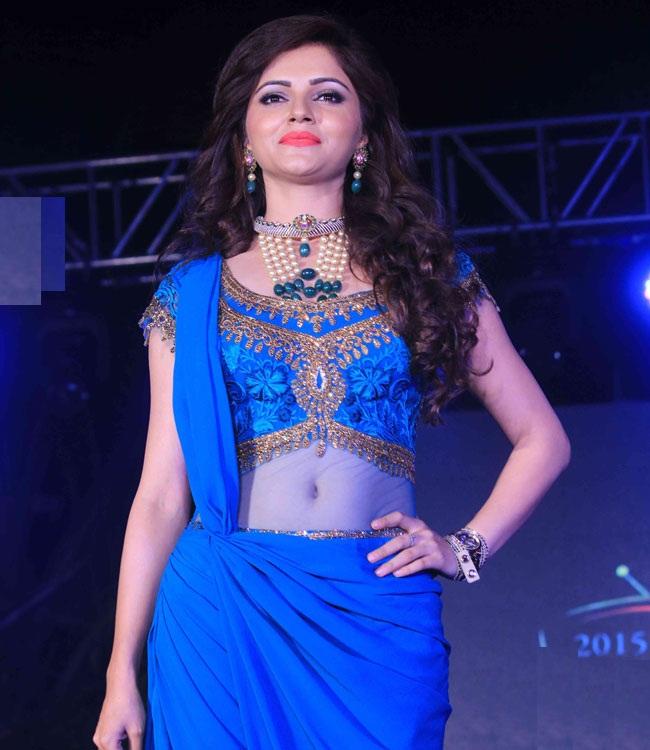 Rubina Dilaik Hot & Spicy Navel Images