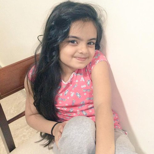 Ruhanika Dhawan Cute Smiling Wallpapers