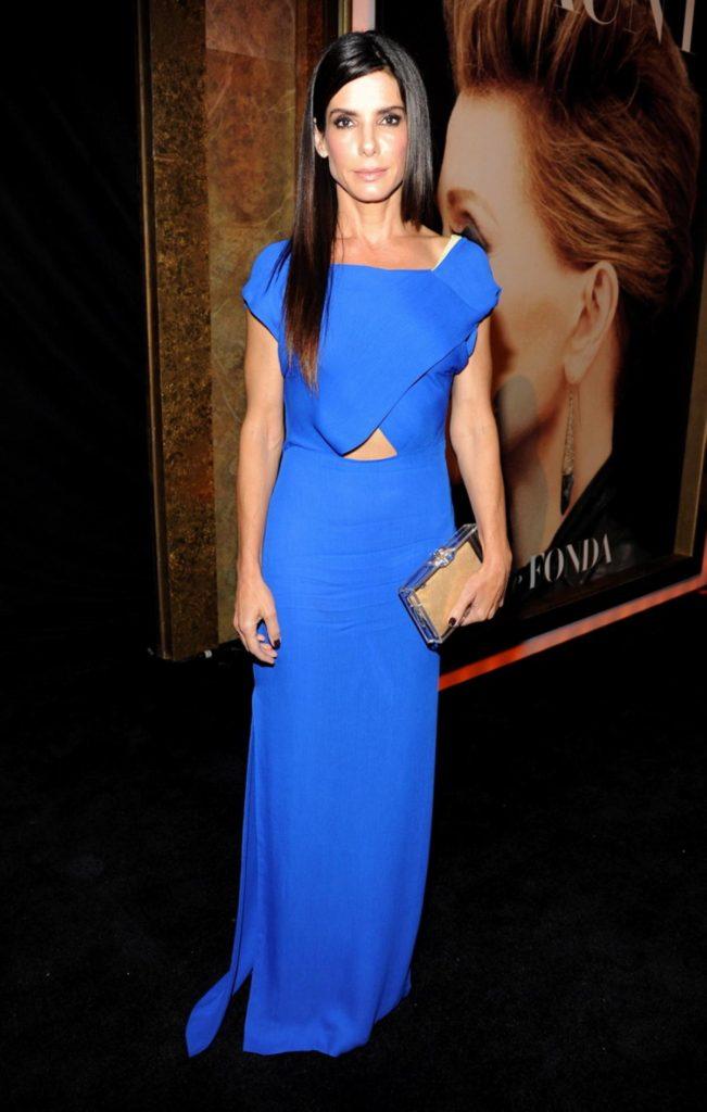 Sandra Bullock Hot Bikini Images Pics