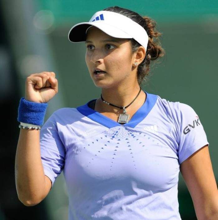 Sania Mirza Hot Boobs Pics