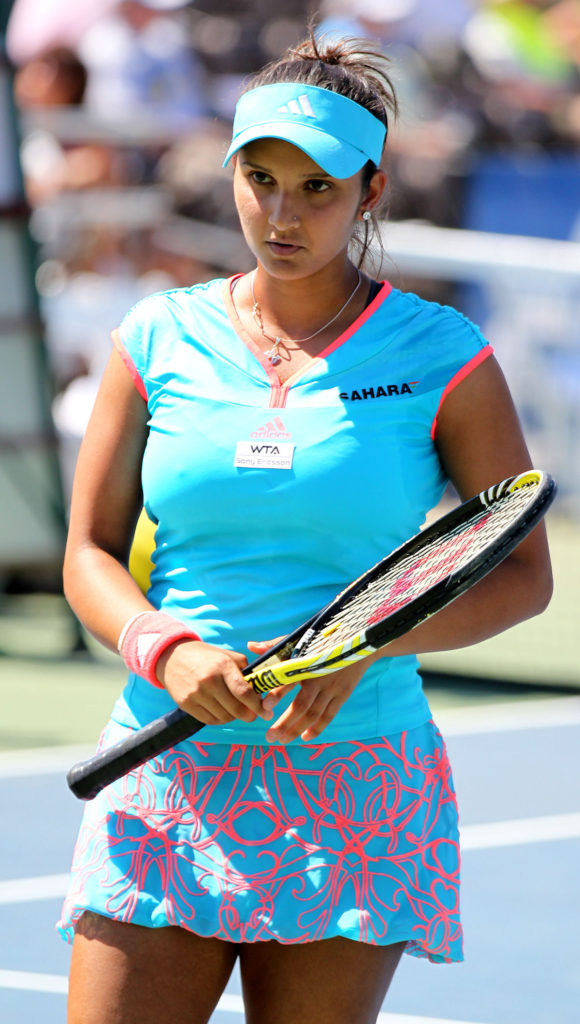 Sania Mirza Hot Images Shorts