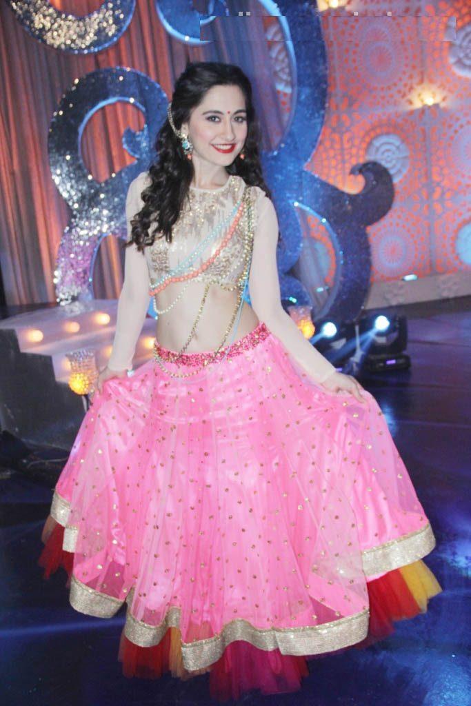 Sanjeeda Sheikh Cute & Sizzling Pics