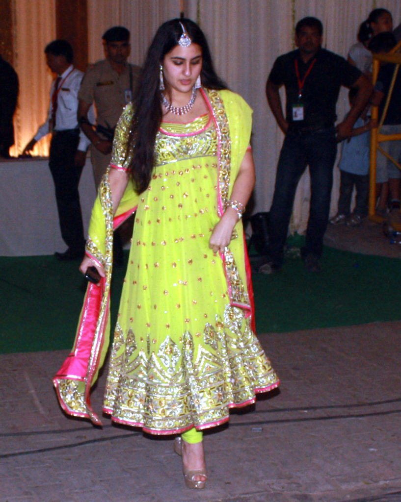 Sara Ali Khan Beautiful Images At Award Show
