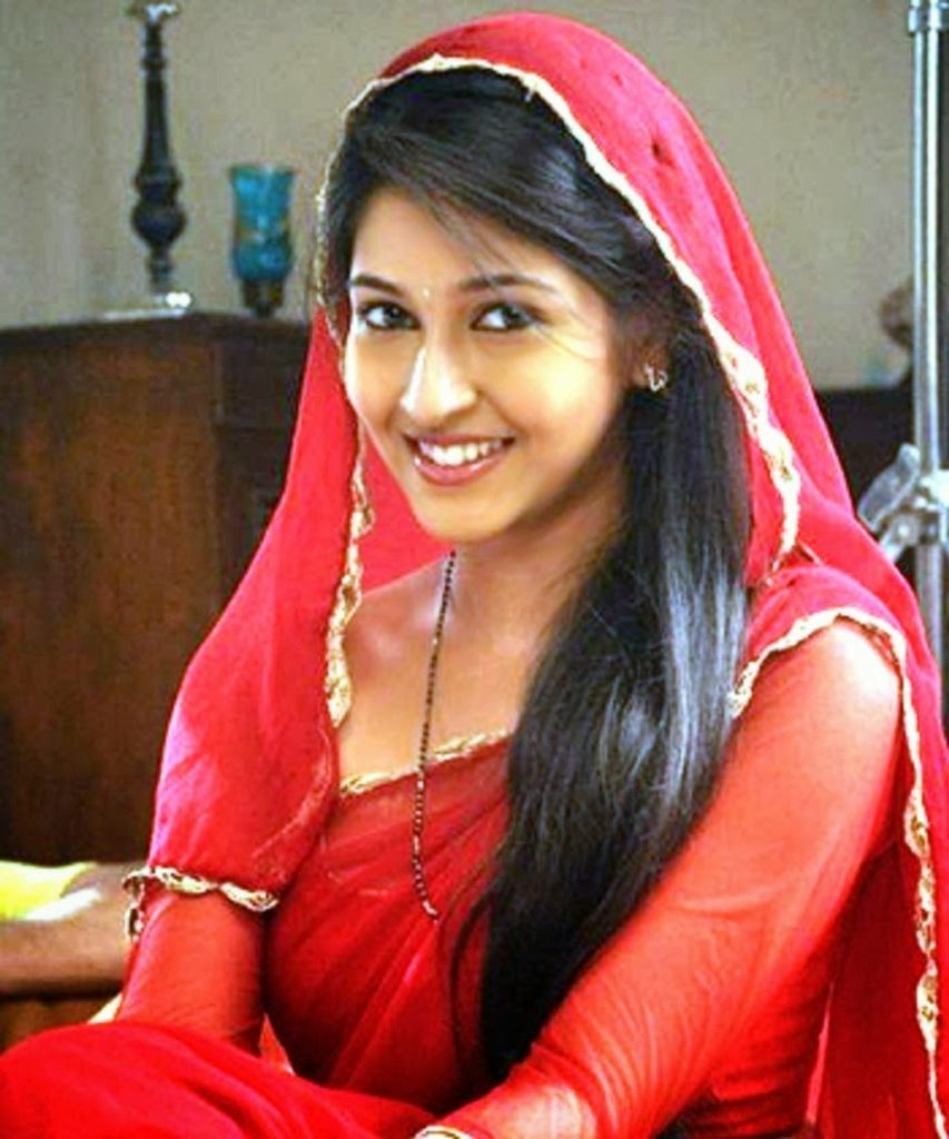 Sonarika Bhadoria Beautiful Pics HD