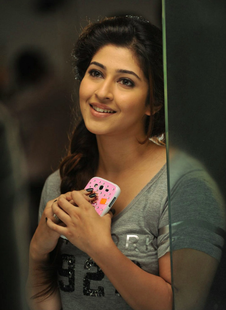 Sonarika Bhadoria Cute Smile Pics HD
