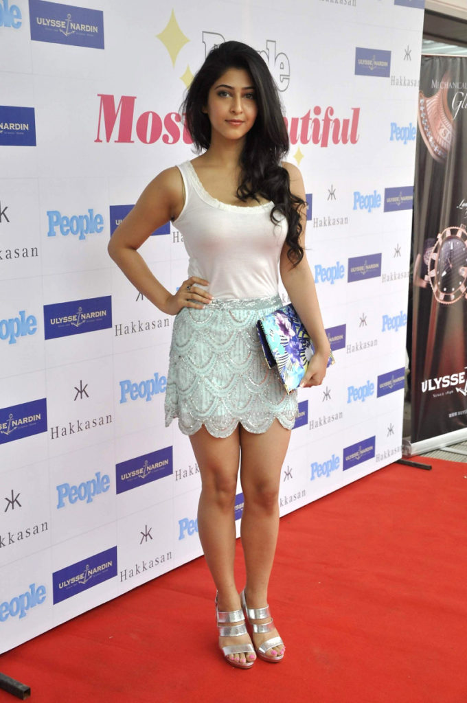 Sonarika Bhadoria Hot Pictures At Rampwalk