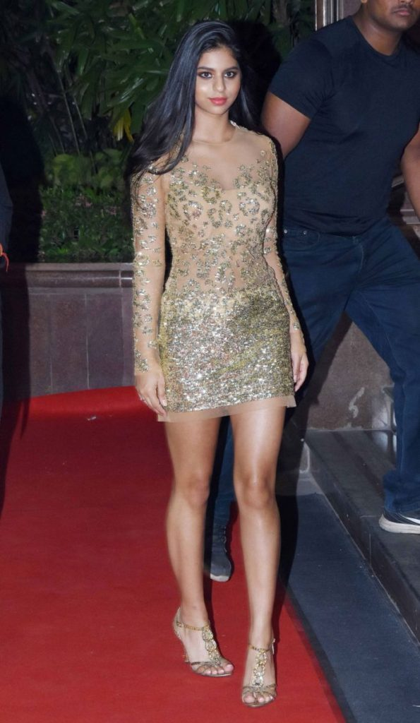 Suhana Khan Sexy Legs Showing Pics HD
