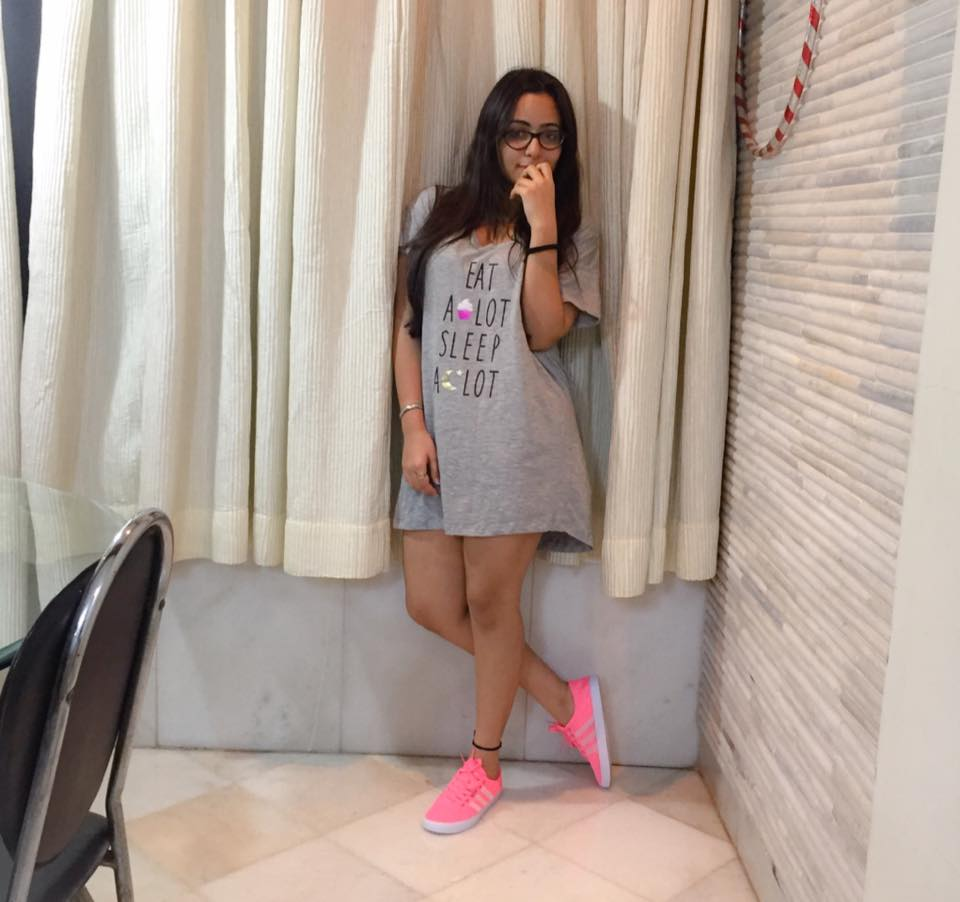 Aanchal Munjal Cute Images In Short Cloths