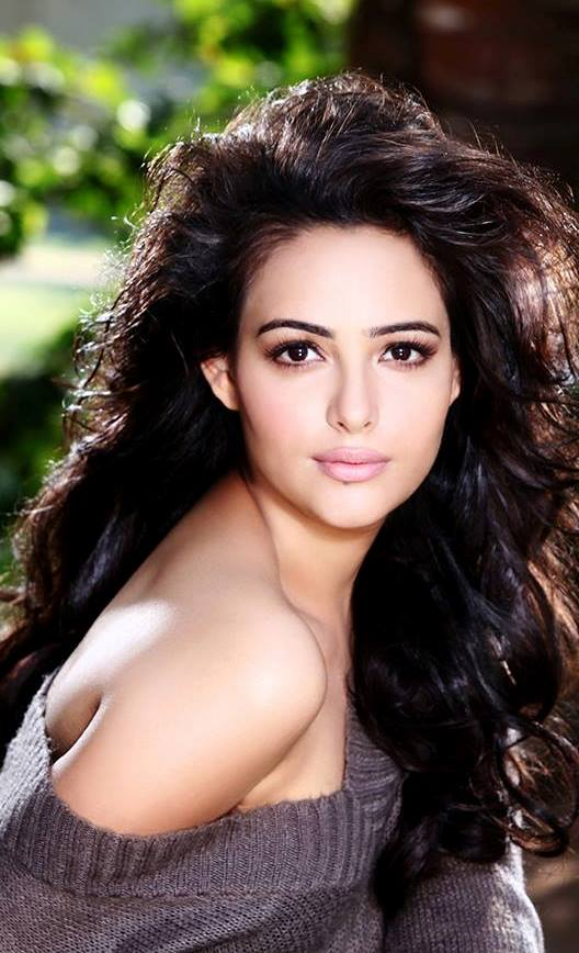 Aanchal Munjal Full HD Wallpapers In Bikini