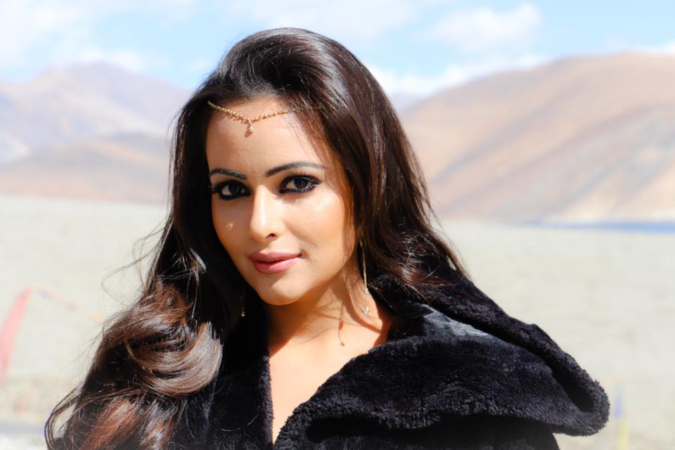 Aanchal Munjal Upcoming Movie Look Images