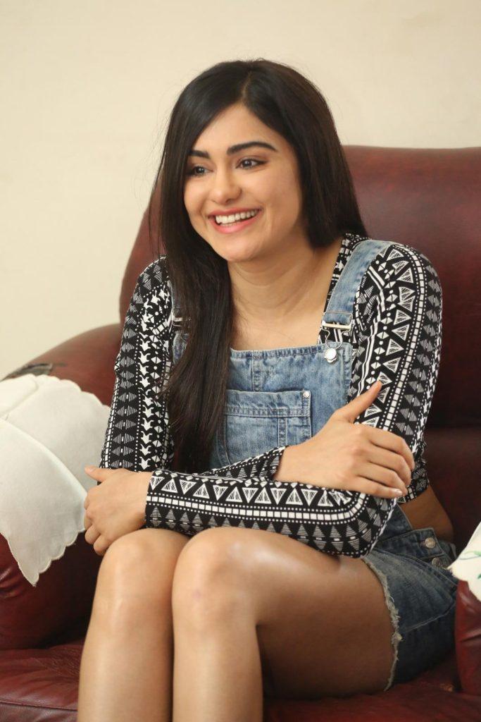Adah Sharma Sexy Legs Images