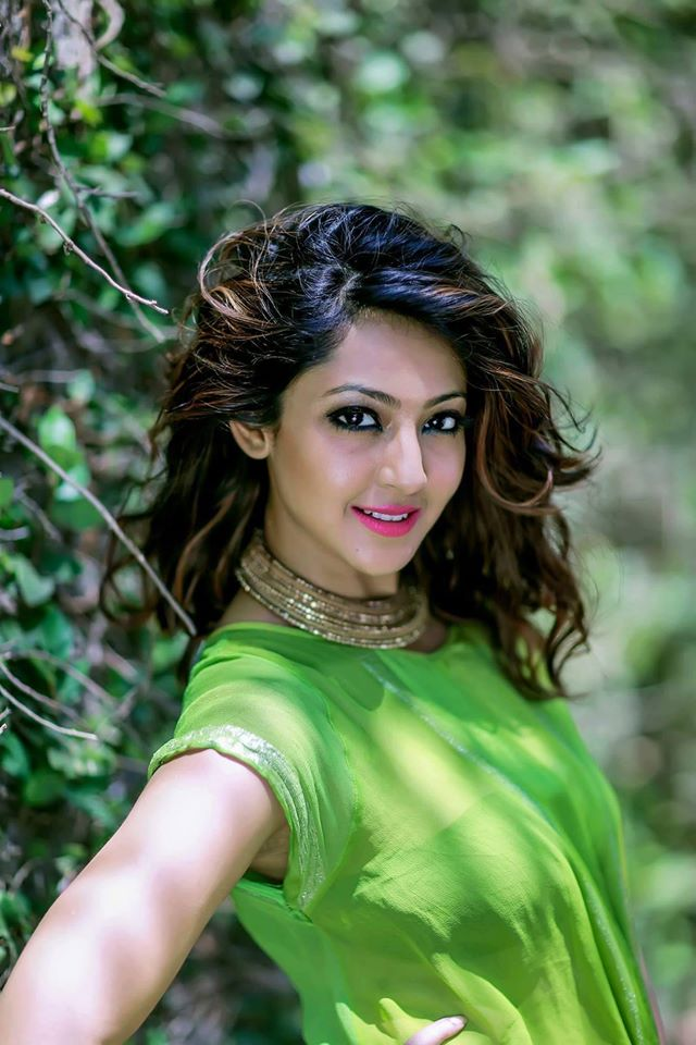 Aindrita Ray Bombastic Wallpapers