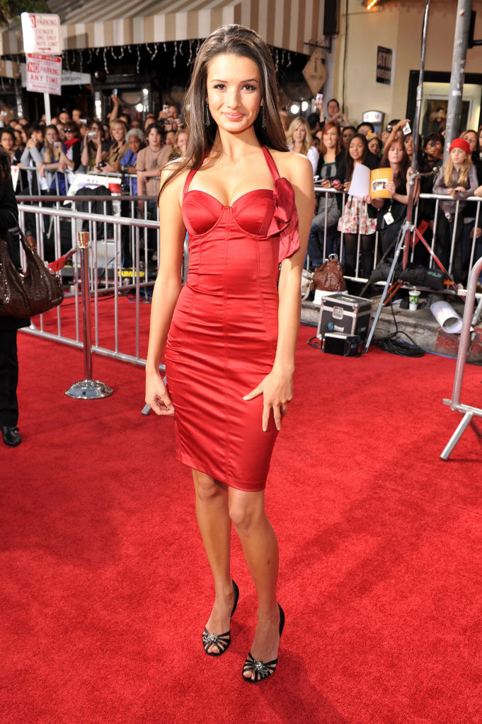 Alice Greczyn Hottest Photos