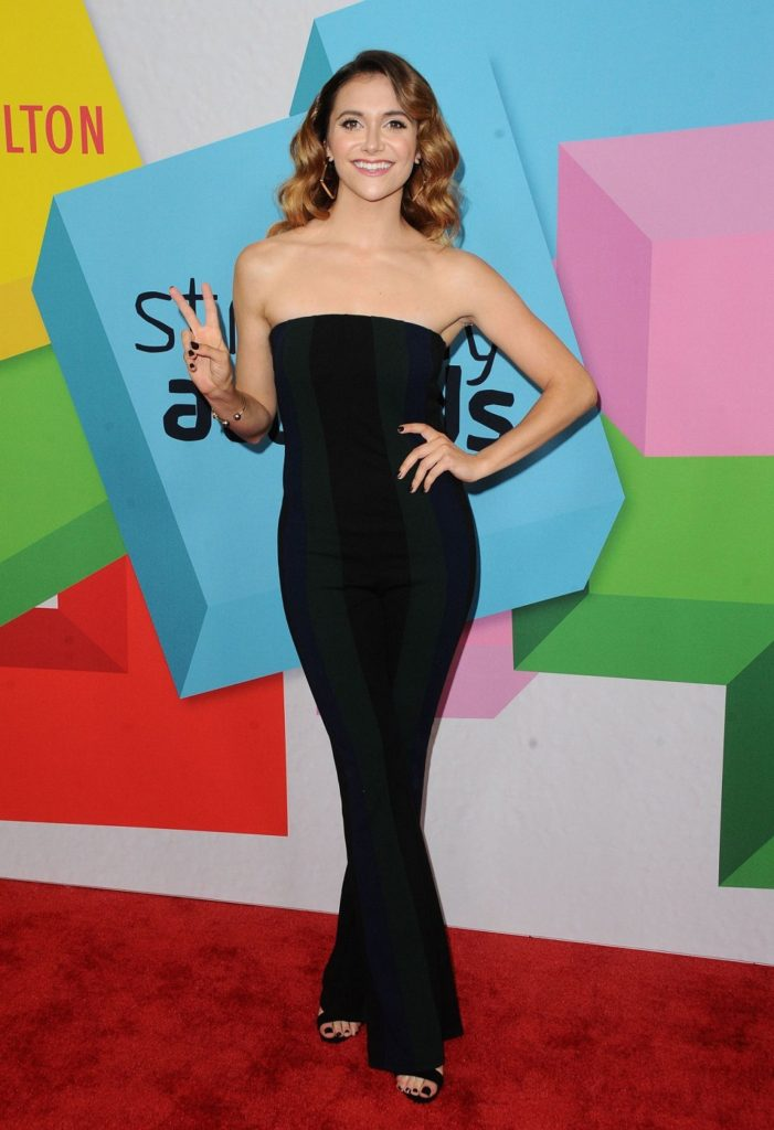 Alyson Stoner Hot Images At Award Show