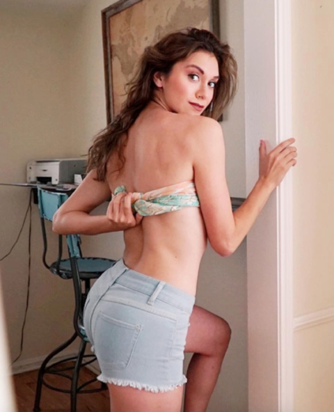 Alyson Stoner In Backless Pictures In Bra