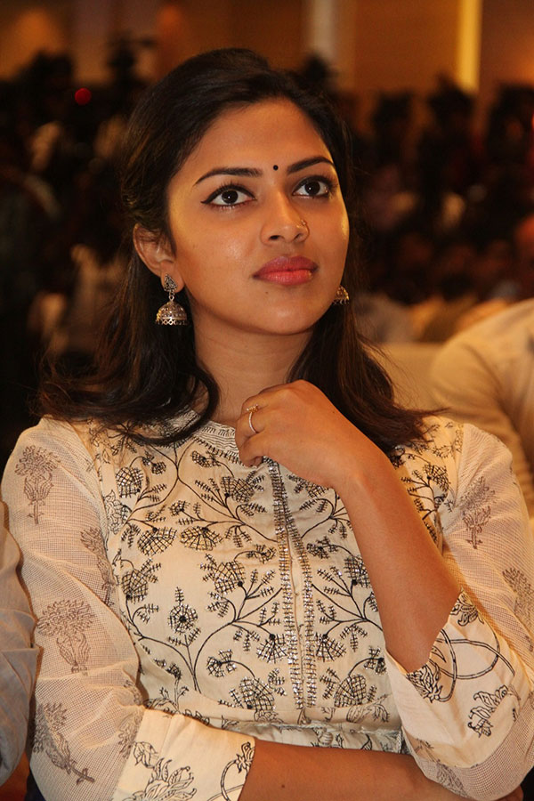 Amala Paul Hot Unseen Pictures