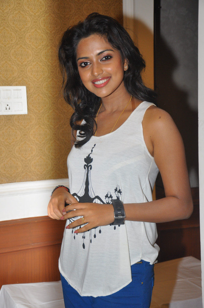 Amala Paul In Jeans Top Images