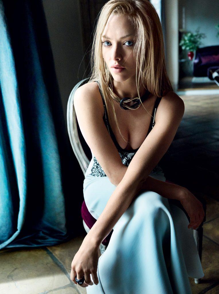 Amanda Seyfried Unseen Wallpapers