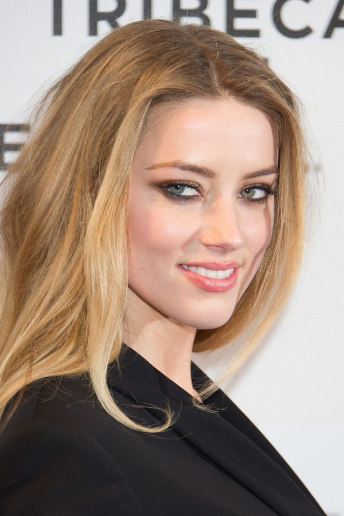 Amber Heard Beautiful Smiling Images