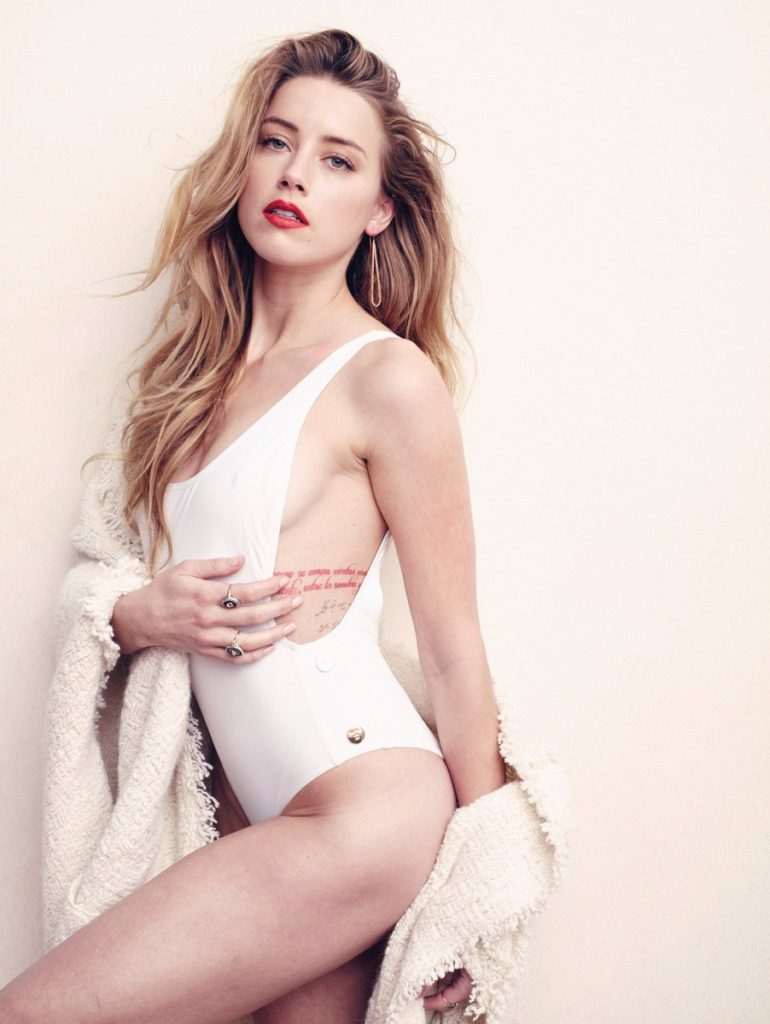 Amber Heard Hot Boobs & Sexy Tights Pics HD