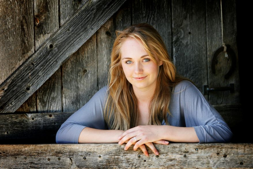 Amber Marshall Wallpapers