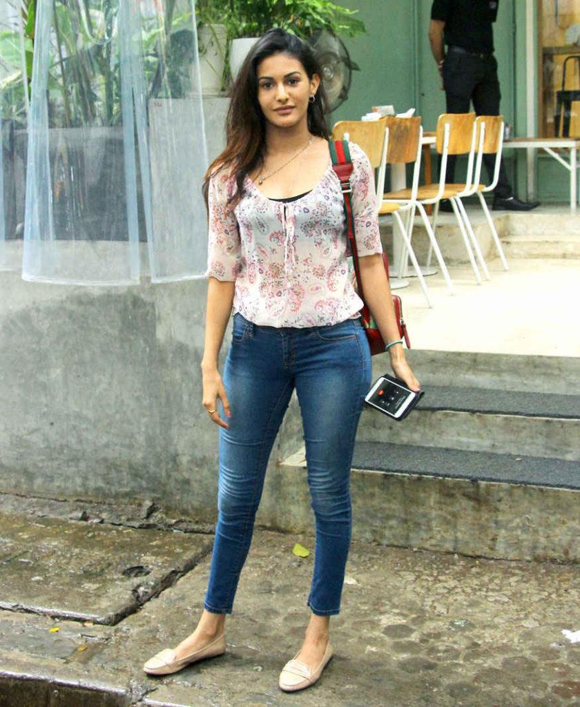Amyra Dastur Pics In Jeans Top