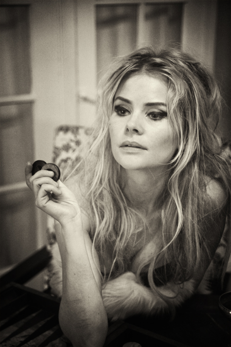 Anita Briem Beautiful Black & White Images