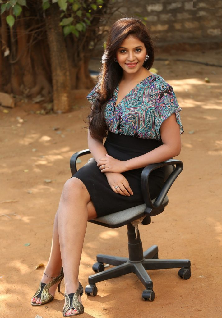 Anjali Sexy Legs Images In Short Dress