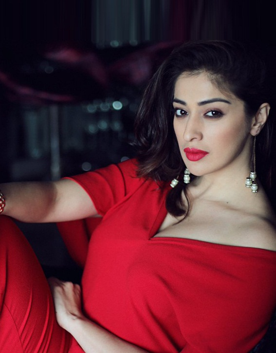 Attractive Raai Laxmi Full HD Images