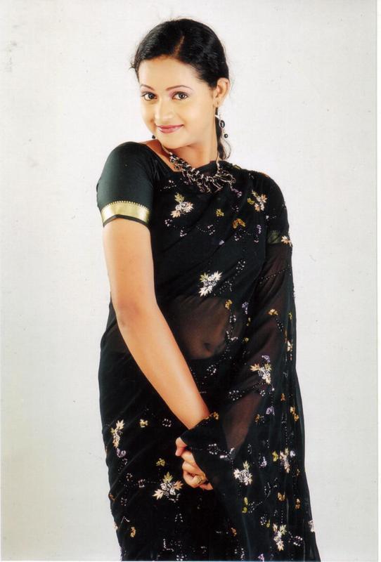 Bhavana Beautiful Photos In Saree
