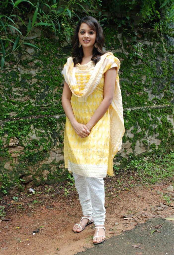 Bhavana Pictures In Salwar Kameez