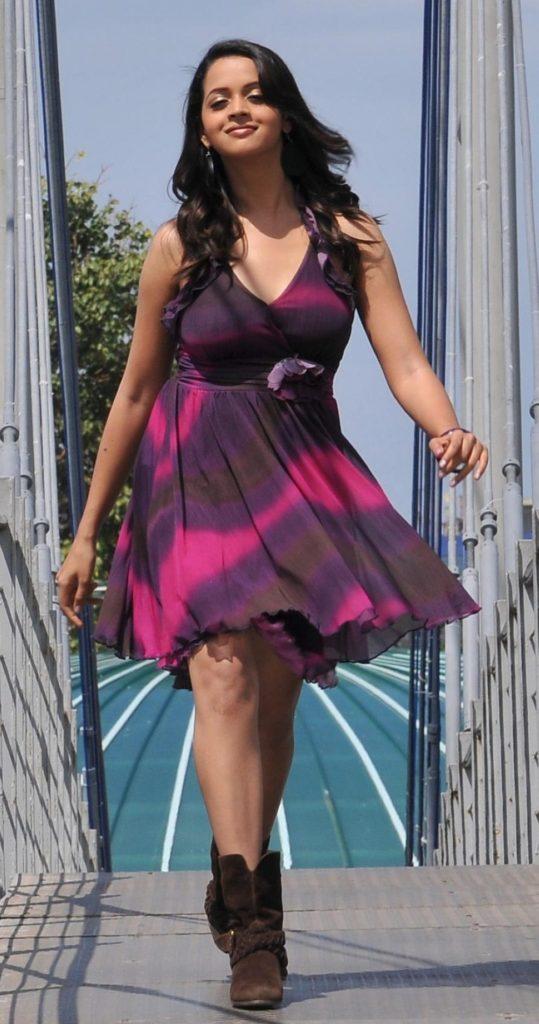 Bhavana Sexy Legs Photos In Short Dress