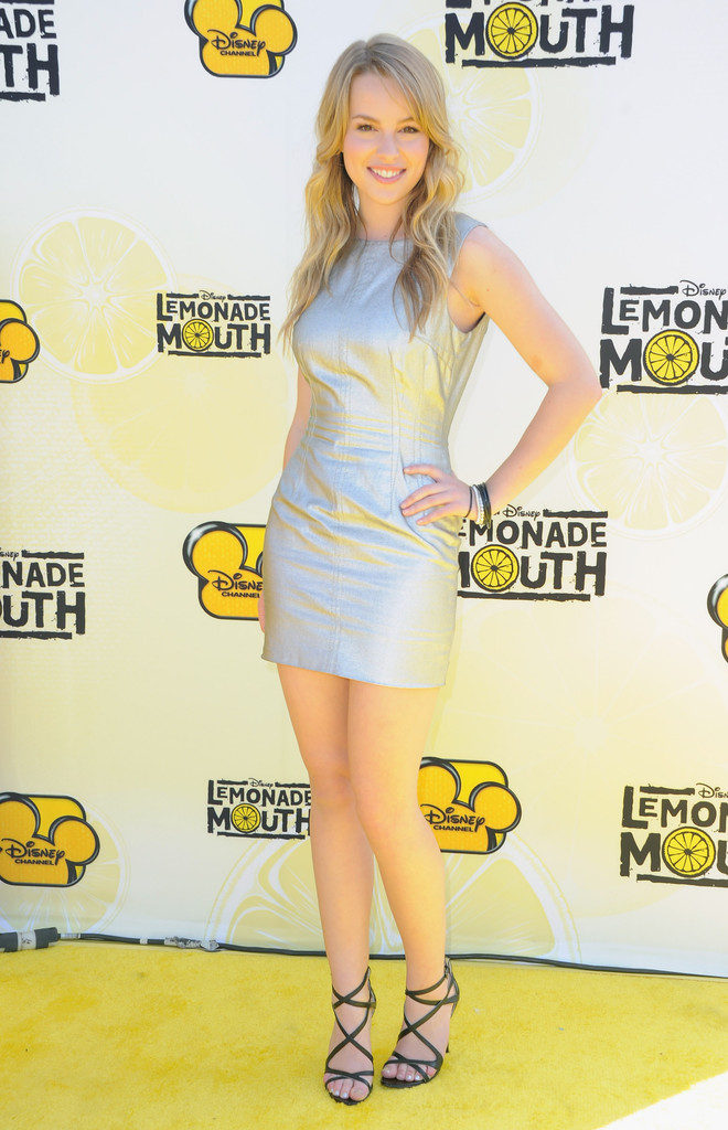 Bridgit Mendler Sexy Look Pictures