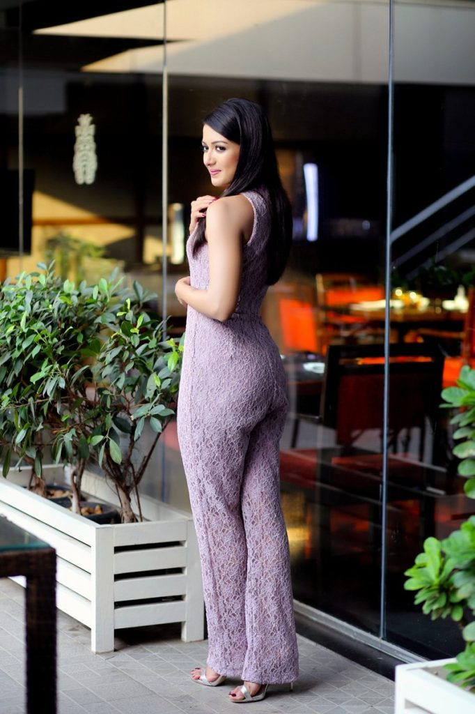 Catherine Tresa Backside Images
