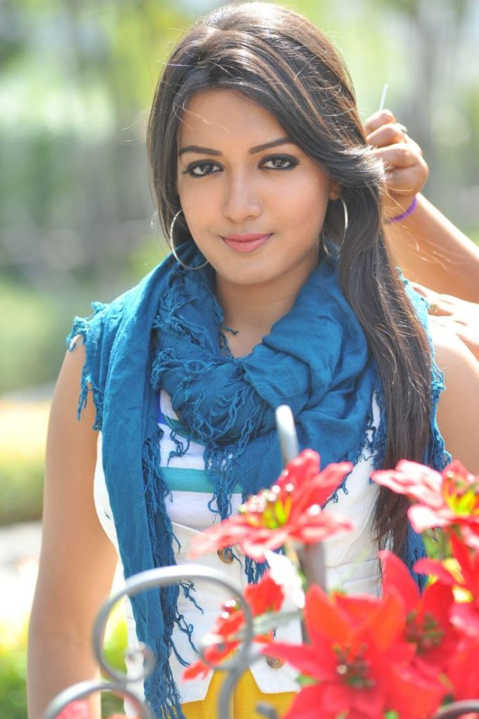 Catherine Tresa Lovely Images Free Download